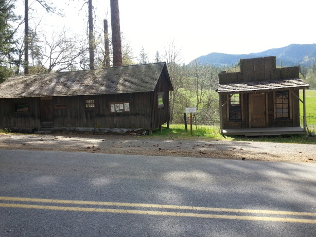 Ghost town of Buncom at junction of Sterling Creek Road and Little Applegate Road