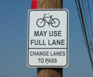 cyclists-may-use-full-lane-sign-ferguson-cc-licensed-mobikefed-flickr
